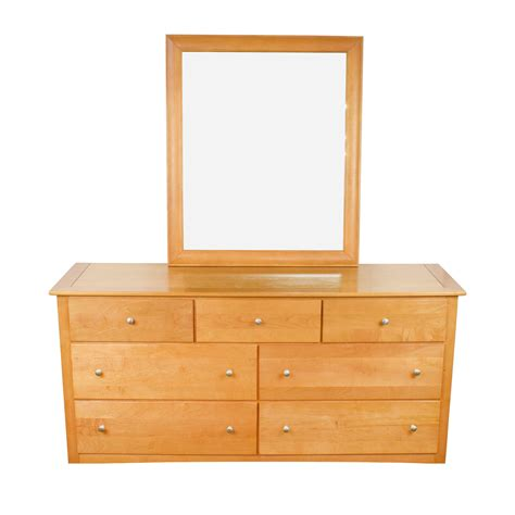 Used Dresser With Mirror by 75 Stanley Furniture Stanley Furniture Maple Wood