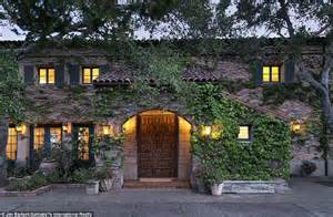 jeff bridges house jeff bridges lists his montecito villa for 29 5million