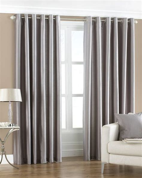 Living Room Curtain Rods by Curtain Rods Curtains Living Rooms And Silver Curtains On