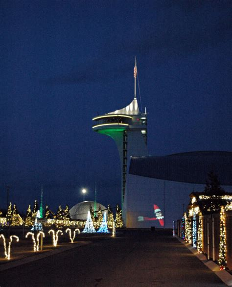 discovery park of america pictures christmas lights