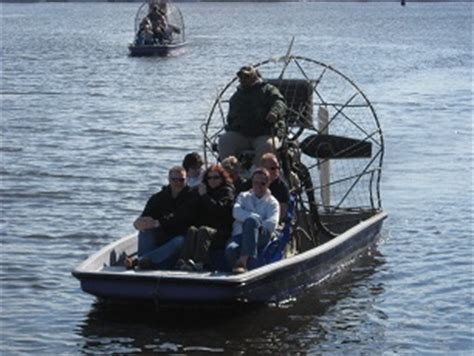 how much do boat captains make make money giving airboat tours