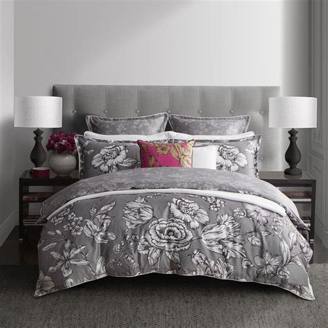 Silver Quilt Cover Set by Vibrance Silver Quilt Cover Set By Wedgwood