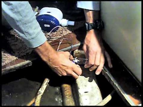 maxum boat bilge pump replacing the bilge pump youtube