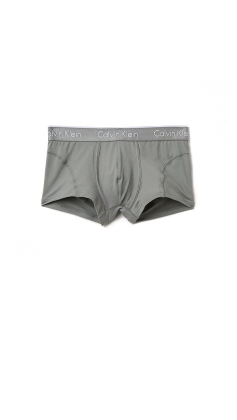 calvin klein low rise trunk 572 calvin klein low rise trunk calvin klein iron strength
