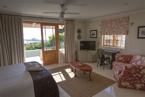 1 bedroom flat to rent in cape town 1 bedroom flat in cape town 28 images one bedroom self catering studio apartment
