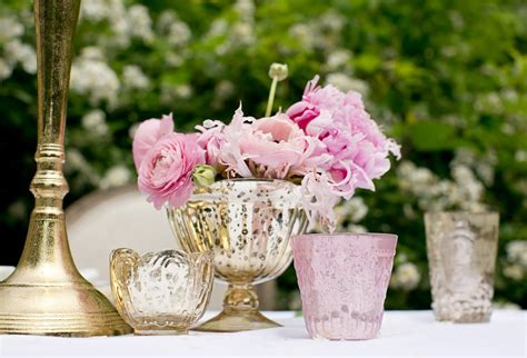 Vase Wedding Centerpieces by Diy Wedding Centerpiece With Pink Ranunculus And Peonies