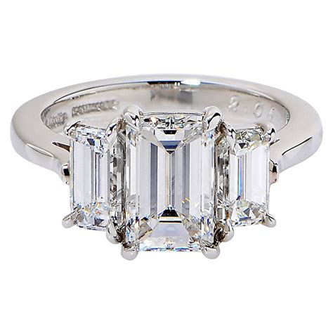 2 01 carat cert emerald cut platinum