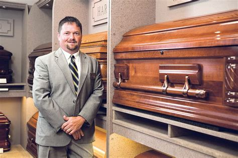 funeral director receives state national recognition