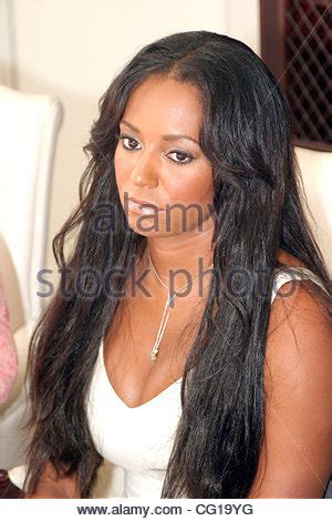 Melanie Brown Aka Scary Spice Is And See Through With Eddie Murphys Baby by Aug 01 2007 Los Angeles Ca Usa Melanie Brown Aka