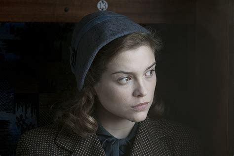sophie cookson red joan movie poster page 9