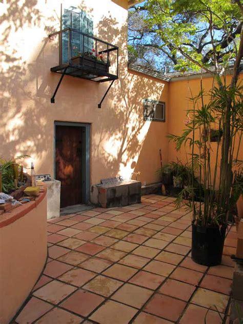 Mexican Vases Wholesale Saltillo Floor Tile In A Courtyard Mexican Home Decor