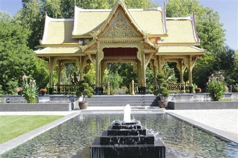 Thai Pavilion And Water Feature Picture Of Olbrich Olbrich Botanical Garden