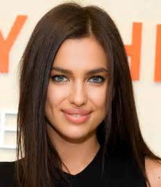 Irina shayk natural highlights the brow bronzer and rich flesh lip