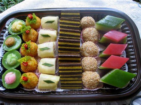 indonesian traditional mini cakes called jajan pasar