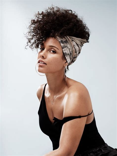 alicia keys alicia keys pays tribute to her blended family in new