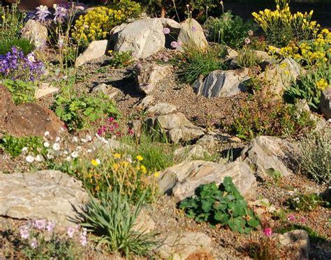 17 Best Images About Rock Garden Rocaille On Pinterest Rock Garden Perennials