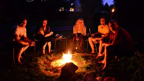 backyard bonfire smoked sausages bonfires and rehearsal dinners on pinterest