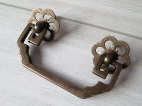 2 3 4 drawer pulls handles dresser pull bail by lynnshardware