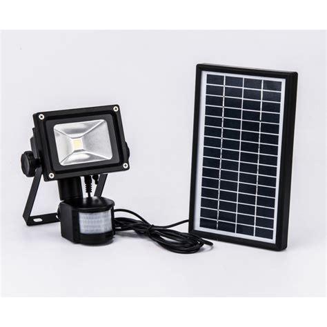 le solaire avec detecteur projecteur solaire 224 d 233 tecteur de mouvement 800 lumens eclairage solaire luminaire ext 233 rieur