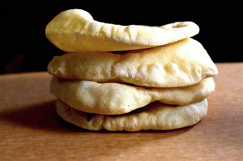 Sirlia Pita piping pita bread the healthy voyager