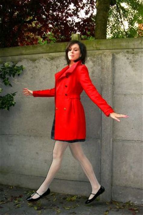 red coats blue dresses white tights black shoes