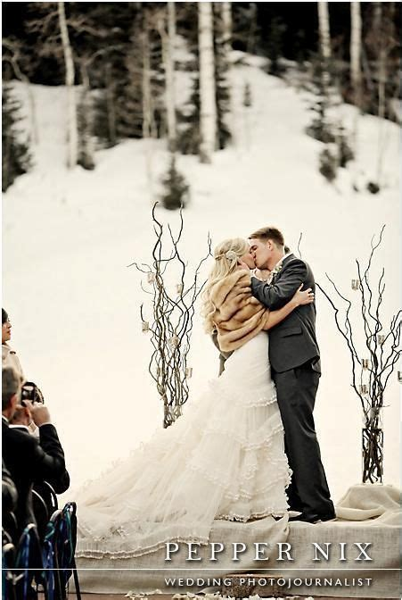 1000  Winter Elopement Ideas on Pinterest   Elopement