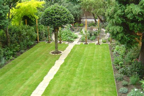 More Than 50 Beautiful House Garden And Landscaping Ideas Grass Garden Design