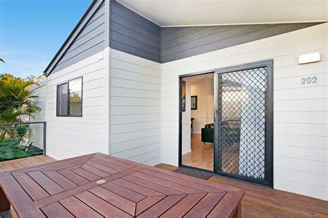 Cabins On The Gold Coast by Gold Coast Accommodation Family Cabin 3 Bedroom
