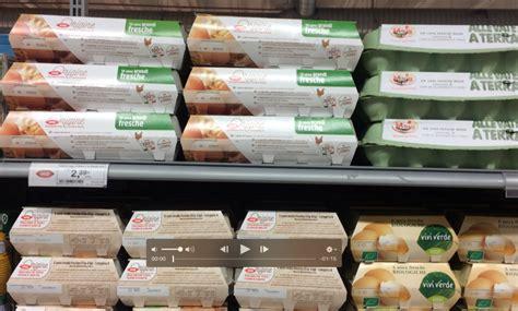 scaffale supermercato uova gli scaffali vuoti in 7 supermercati di per