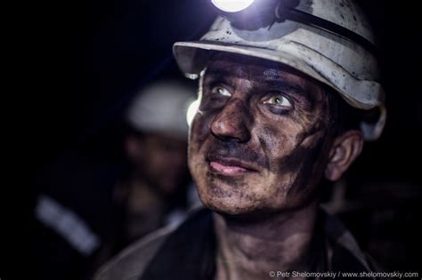 Coal mine workers in Donetsk ? Petr Shelomovskiy
