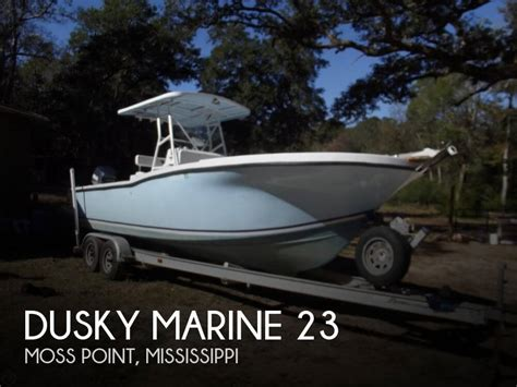 23 foot boat 23 foot dusky marine 23 23 foot motor boat in moss point