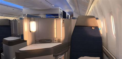 united airlines polaris preview flight   redeem miles points miles martinis