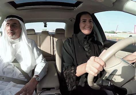 giornale al volante con shedrives nissan sostiene le donne saudite al volante