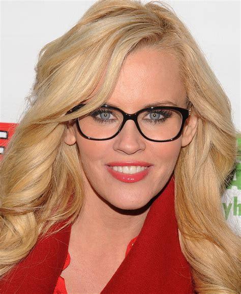 how advertisers make super hot actresses look more like 21 celebrities who prove glasses make women look super hot