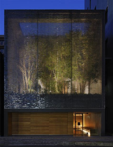 Pur Water Filled Teether 6m optical glass house by hiroshi nakamura nap hiroshima