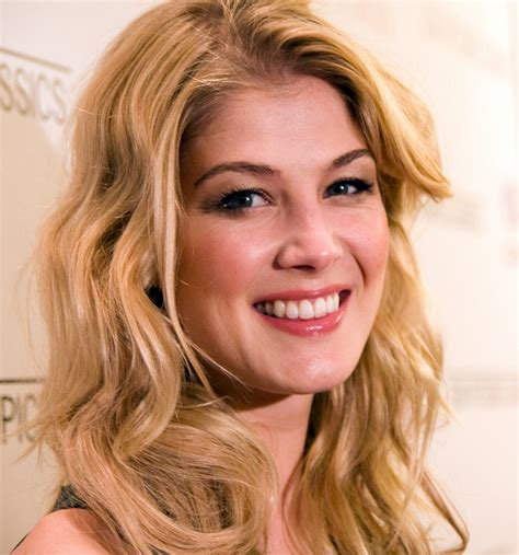 gone girl snark in motion national review online list of accolades received by gone girl film wikipedia