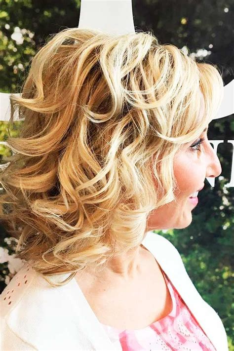 curly hair styles for mother of bride 17 best ideas about mother of the bride hairstyles on