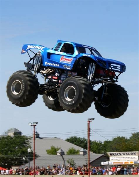 bigfoot monster truck driver 246 best images about bigfoot 4x4x4 fans on pinterest