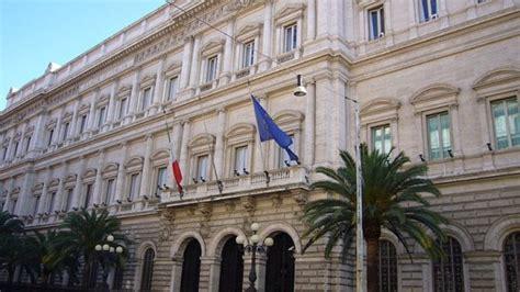 proprietari banca d italia il bluff su bankitalia economia le idee di repubblica