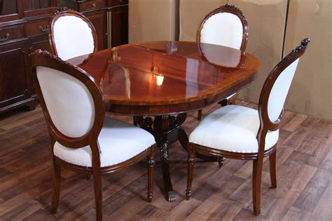 "Round Mahogany Pedestal Dining Table, 44"" Reproduction"