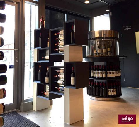 mobile per bottiglie di vino mobile espositore per bottiglie di vino in legno esigo 5 floor