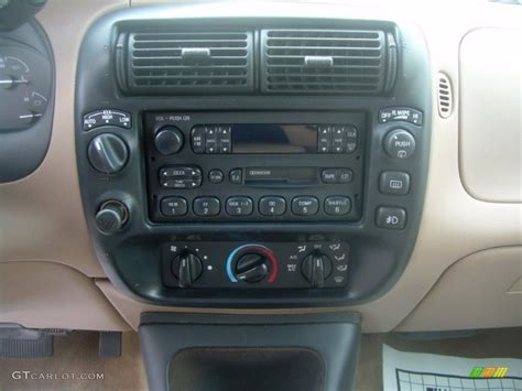 1997 Ford Explorer Interior by 1997 Ford Explorer Xlt 4x4 Controls Photo 64152650