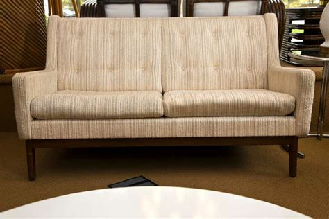 1960 Sofa Styles by 1960 S Sofa In Style Of Florence Knoll At 1stdibs