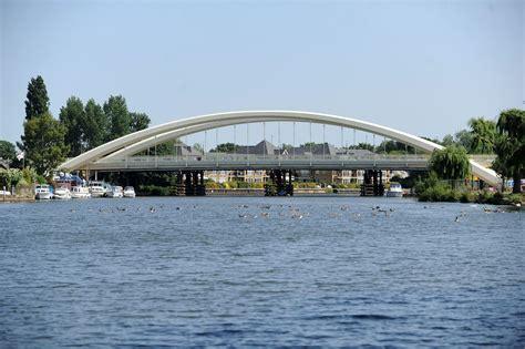 best bridge best thames road bridge urban75 forums