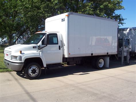 2004 gmc c4500 document moved