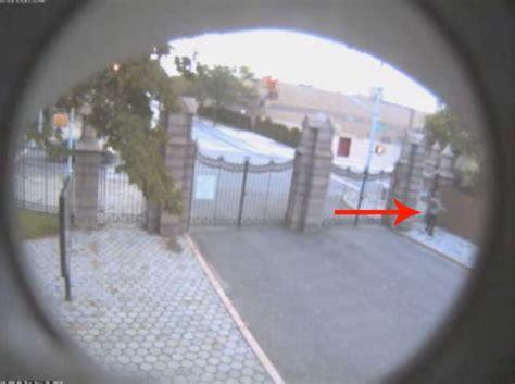 cops put  photo  greenwood cemetery vandal brooklyn