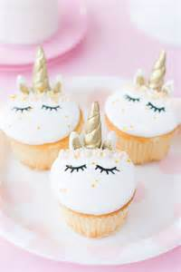 HOW TO MAKE FONDANT UNICORN CUPCAKES   Best Friends For Frosting