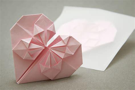 tutorial origami a cuore idee fai da te il biglietto origami a forma di cuore