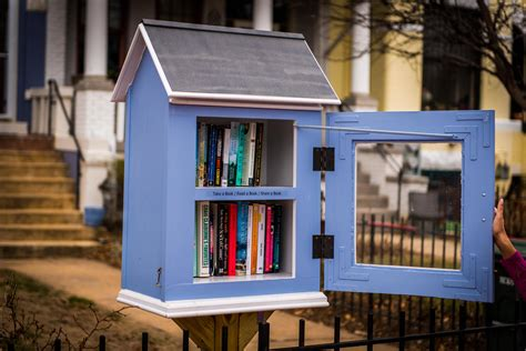 tiny library 5 tips for running a little free library