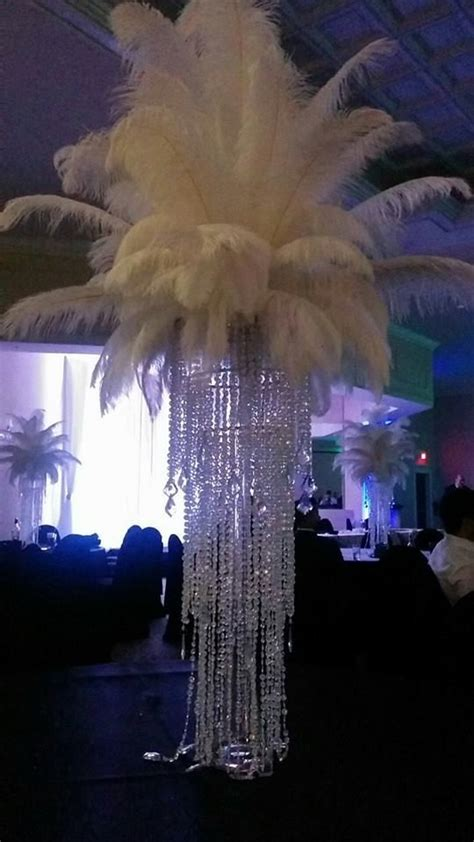 Ostrich Feather Chandelier The 25 Best Ostrich Feather Centerpieces Ideas On Feather Wedding Centerpieces